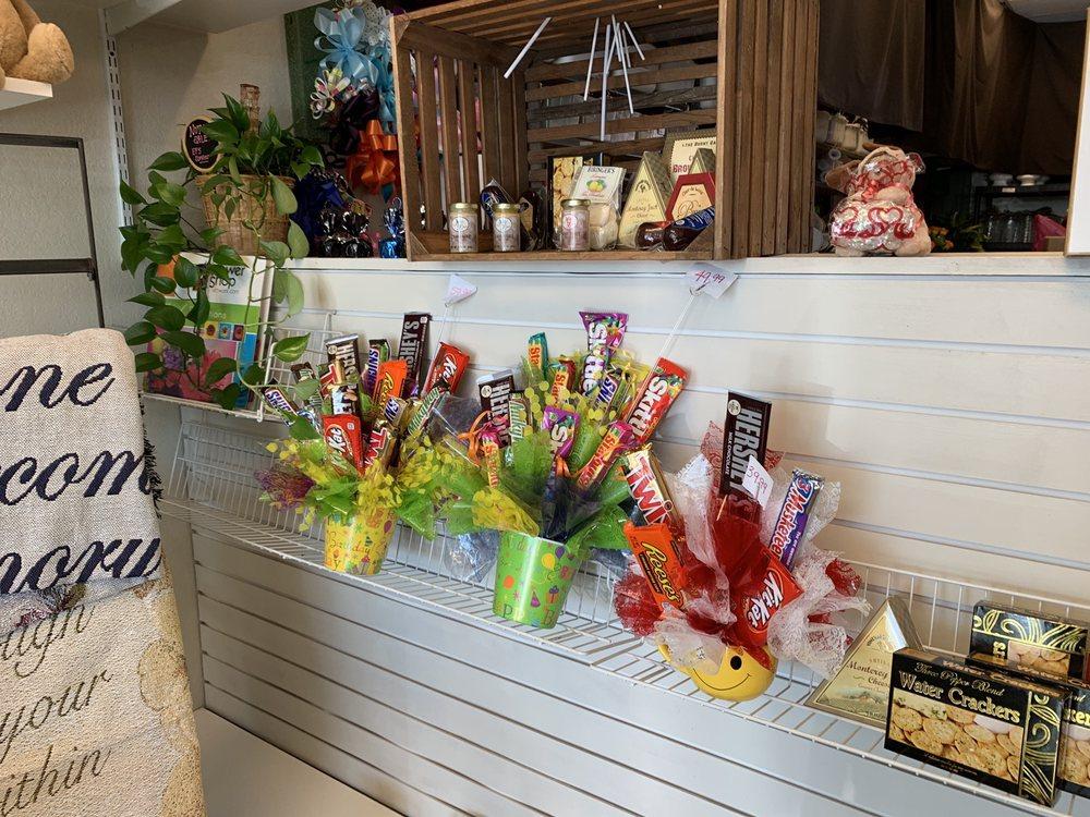 A New Beginning Florist: 527 SW 4th St, Moore, OK