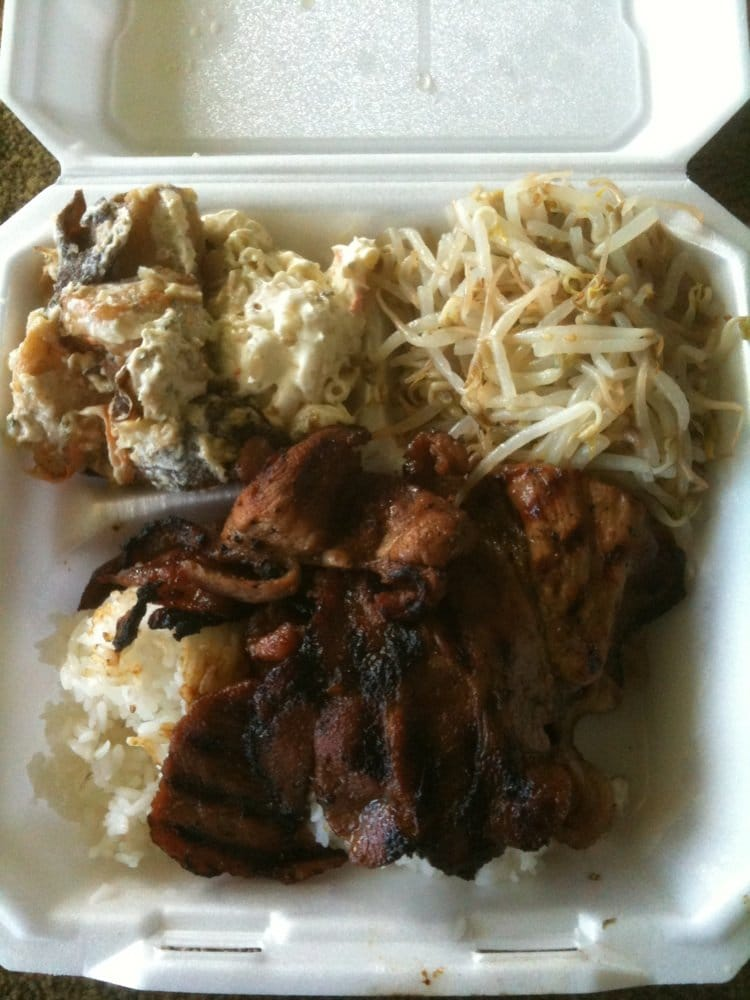 Bbq Pork With Bean Sprouts Mac Amp Mayo Potatoes 9 99 Yelp