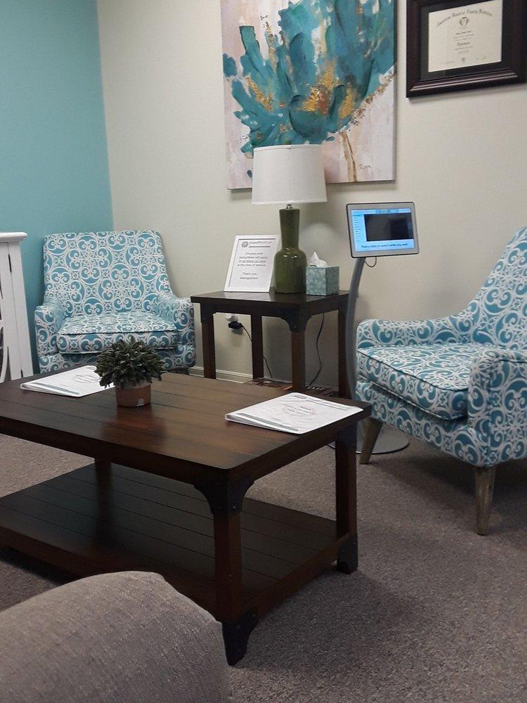 Grand Cinco Medical Clinic: 2830 Commercial Center Blvd, Katy, TX