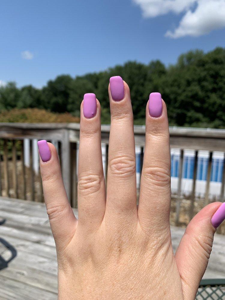Koi Nails: 35 Perry St, Chester, NJ