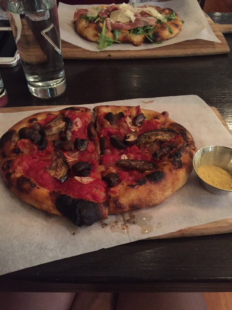 reilly craft pizza vegan hh pizza with a side of nutritional yeast yelp 2823