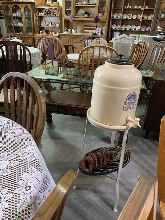 Odds & Ends Antiques & Furniture: 8345 Hwy 28, Prole, IA