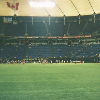 In Metrodome Today Somebody Played Like >> Hubert H Humphrey Metrodome Closed 54 Photos 77 Reviews