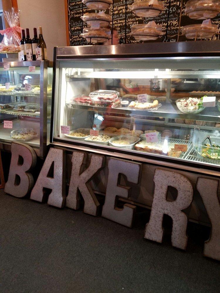 Heritage Deli & Bakery: 642 Vermont Rte 103 S, Chester, VT