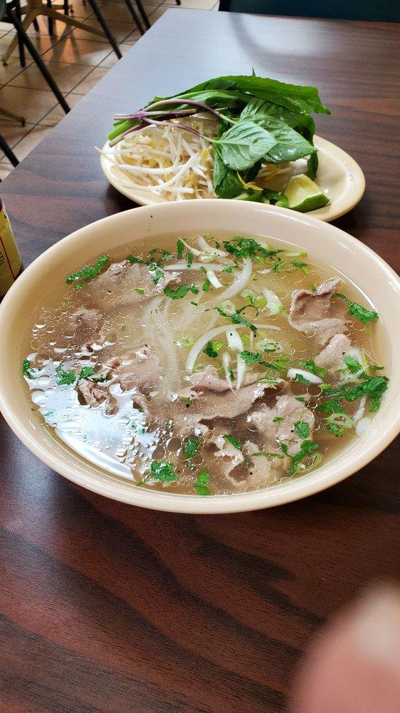 Thanh Thanh Restaurant: 4446 Jonesboro Rd, Forest Park, GA