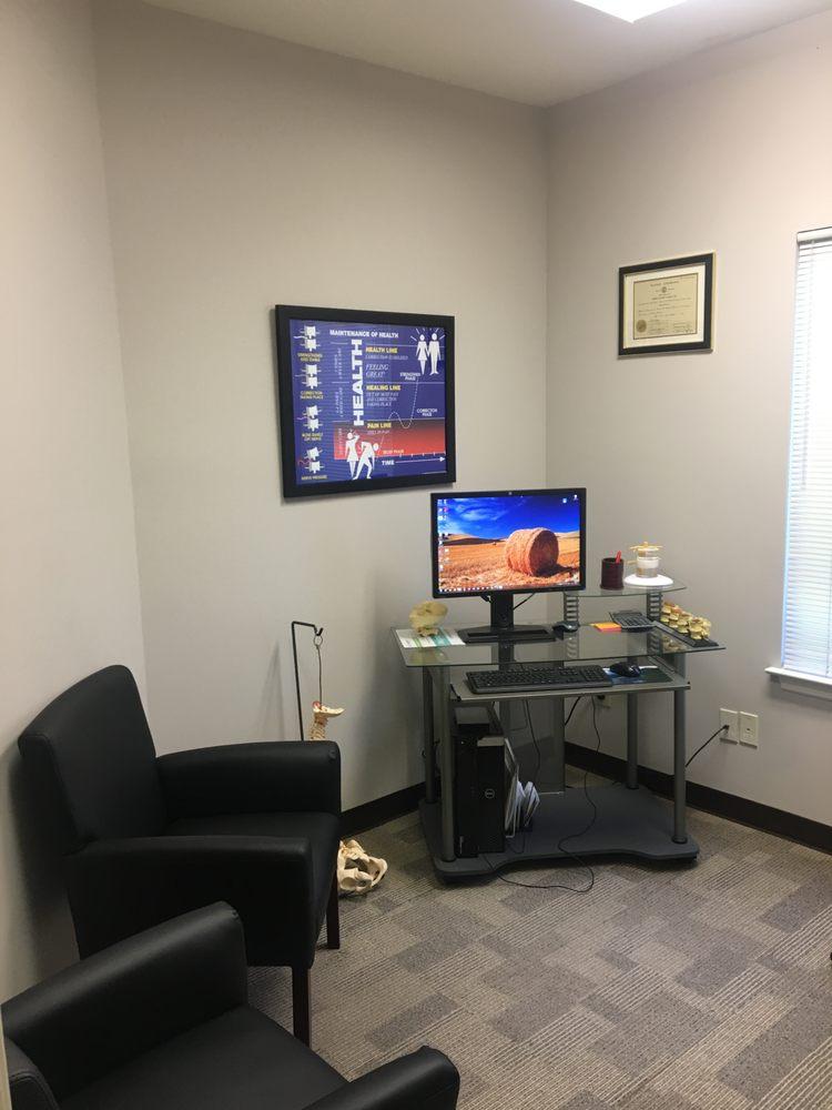 Healthworks Chiropractic: 925 S Church St, Murfreesboro, TN