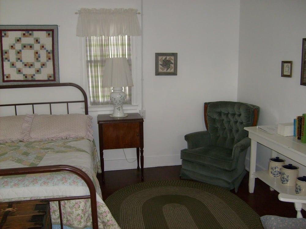Rankin Motel: 120 S Hwy 20, Ashton, ID