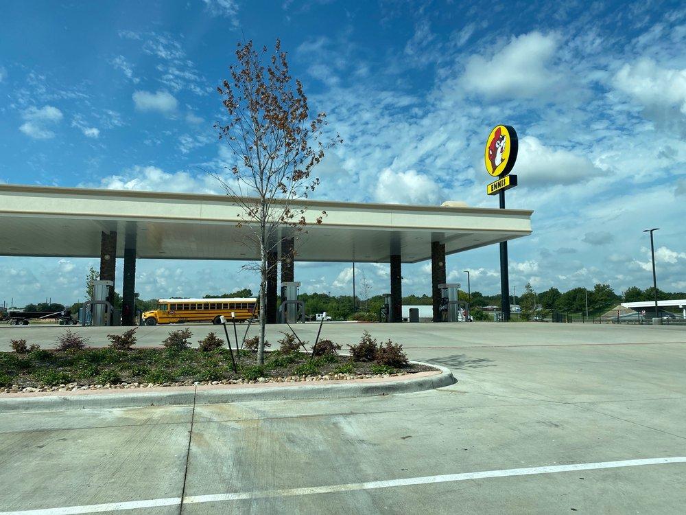 Buc-ee's: 1402 South IH-45, Ennis, TX