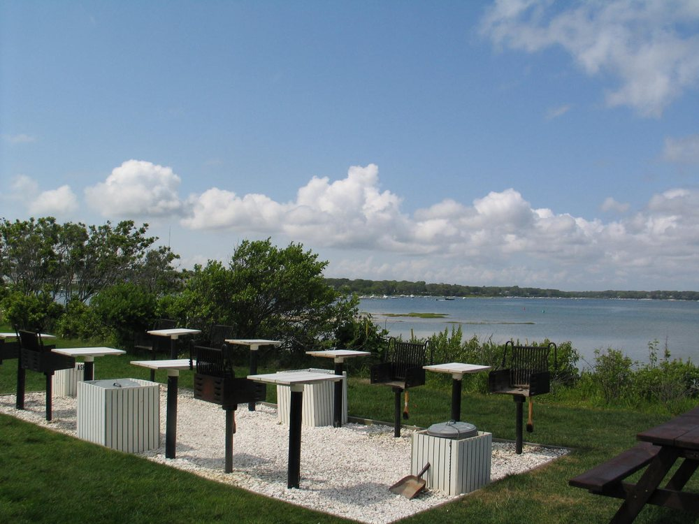 InnSeason Resorts Surfside: 134 Menauhant Rd, East Falmouth, MA