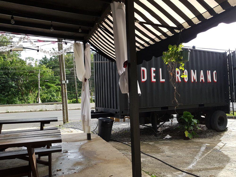 Del Romano Pizza: Carretrea 2, Aguadilla, PR