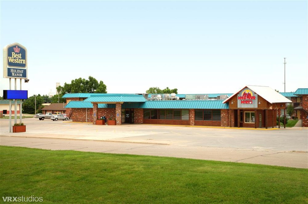 SureStay Hotel by Best Western McPherson: 2211 E Kansas Ave, McPherson, KS