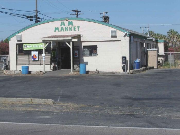A M Market: 4579 E Acampo Rd, Acampo, CA