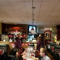 Photo Of Veneto Italian Restaurant Silverdale Wa United States Good Sized Crowd