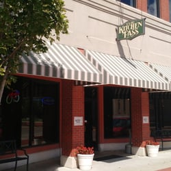 Restaurant Kitchen Pass kitchen pass restaurant & bar - 16 reviews - salad - 1711 main st