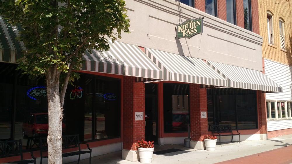 Kitchen Pass Restaurant Bar Parsons Ks