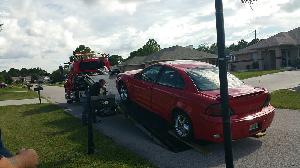 Towing business in Melbourne, FL