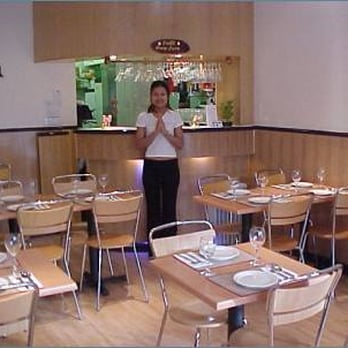 Anong thai takeaway fast food 256 desborough road for Anong thai cuisine