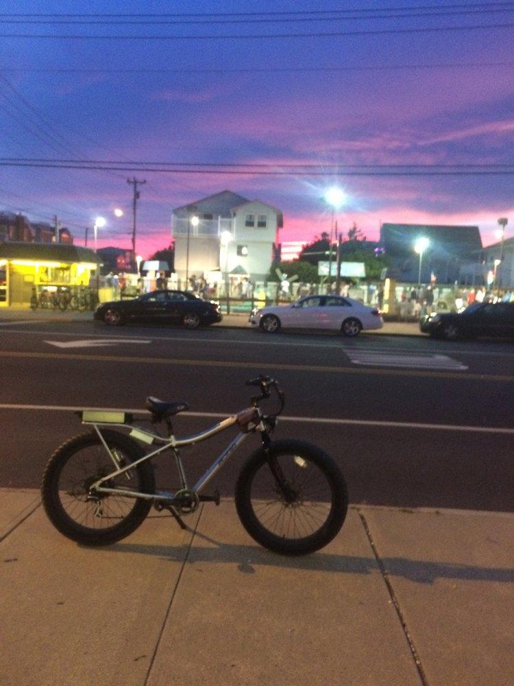 Walters Bicycles: 418 Long Beach Blvd, Ship Bottom, NJ