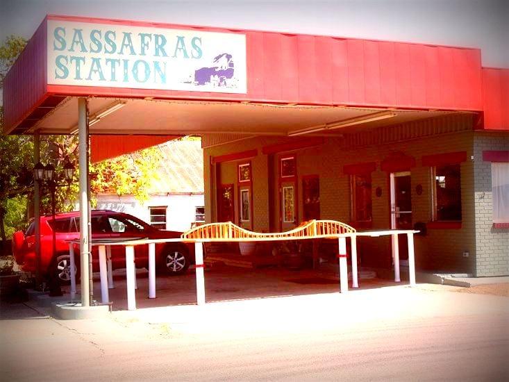 Sassafras Station: 300 E Elm St, Winnsboro, TX