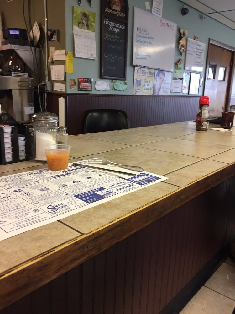 Varney's Coney Island Cafe: 190 Ritchie Dr, Harbor Beach, MI