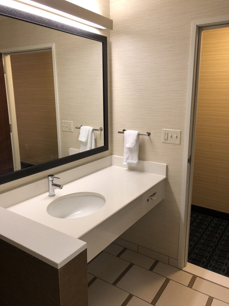 Fairfield Inn & Suites by Marriott Scottsbluff: 902 Winter Creek Dr, Scottsbluff, NE