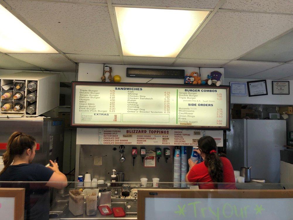 Dairy Queen: 802 E Walnut St, Watseka, IL