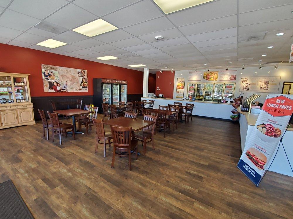 Honey Baked Ham Company: 56 Nitro Market Pl, Cross Lanes, WV