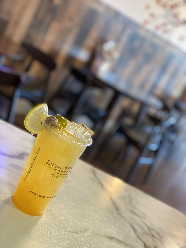 Ding Tea Fowler: 1518 E Fowler Ave, Tampa, FL