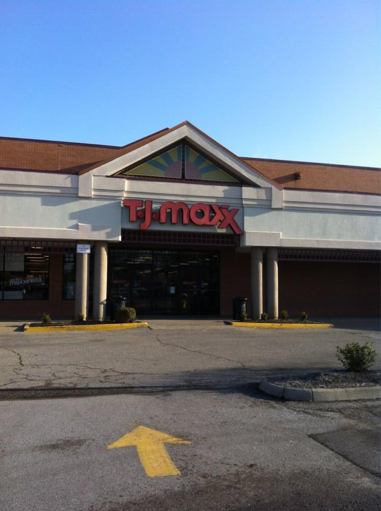 TJ Maxx: 26 River Walk Mall, Charleston, WV