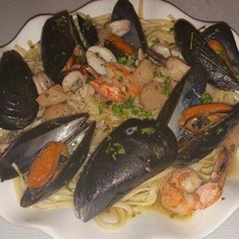 Athena mediterranean cuisine order food online 220 for Athena mediterranean cuisine brooklyn