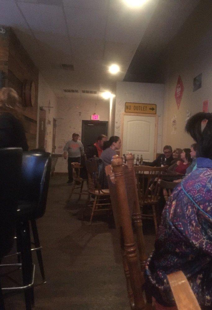 Powdersville Pub: 112 Halter Dr, Powdersville, SC