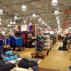 Duluth Trading Company Hiking 112 Burlington Mall Rd Burlington