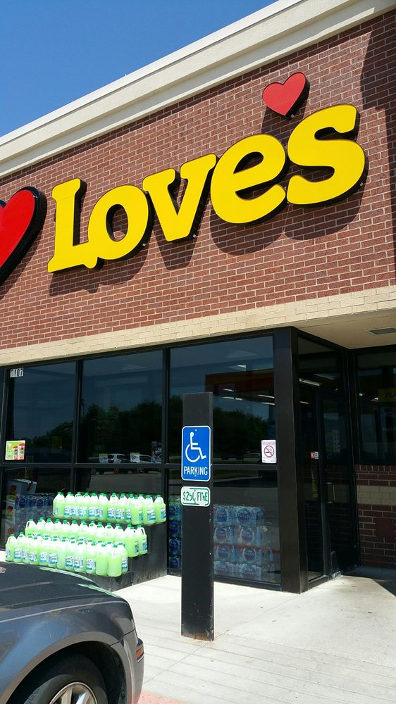 Love's Travel Stop: 3407 S State Rd 45/52, Kankakee, IL