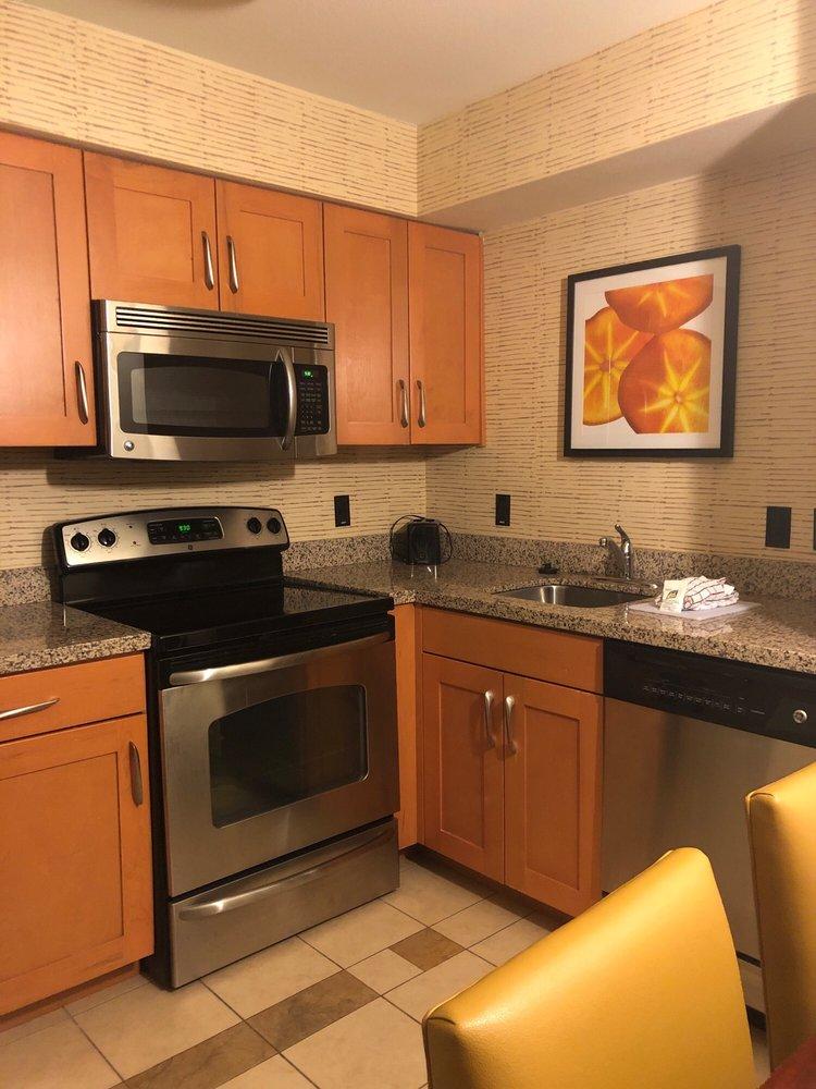 Residence Inn by Marriott Dallas Arlington South: 801 Highlander Boulevard, Arlington, TX