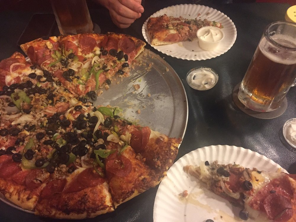 The Pizza House: 63801 State Hwy 96, Happy Camp, CA