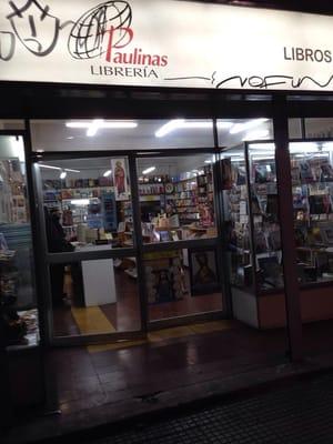 Librer a paulinas libros revistas m sica y videos alameda bernardo o higgins 1841 - Libreria couceiro santiago ...
