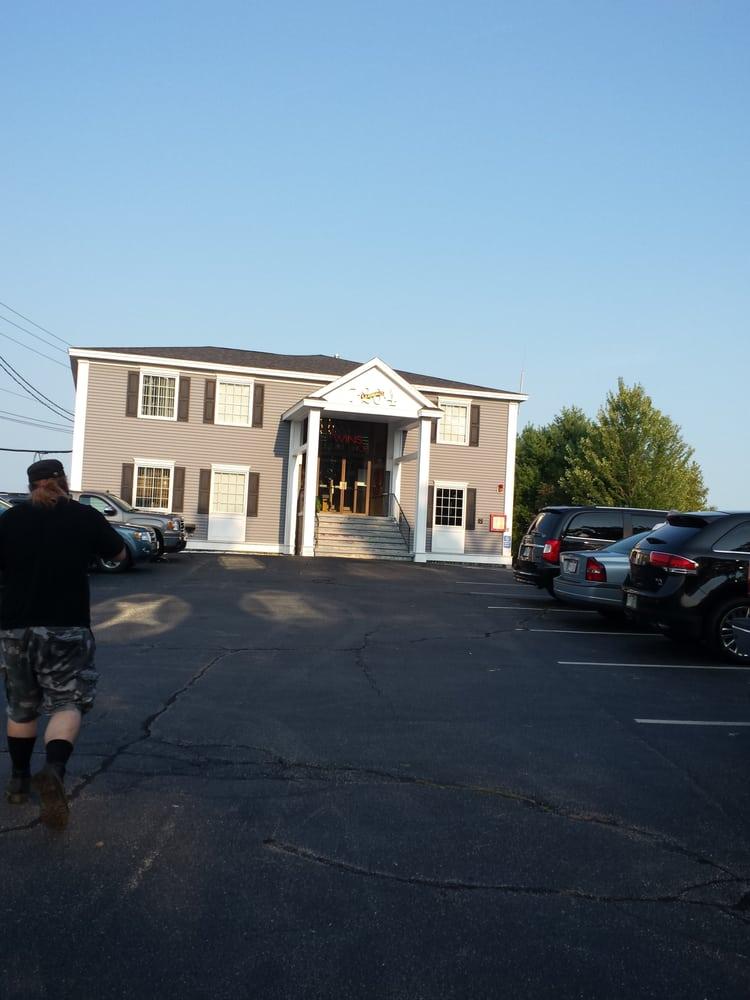 Twins Smoke Shop: 80 Perkins Rd, Londonderry, NH