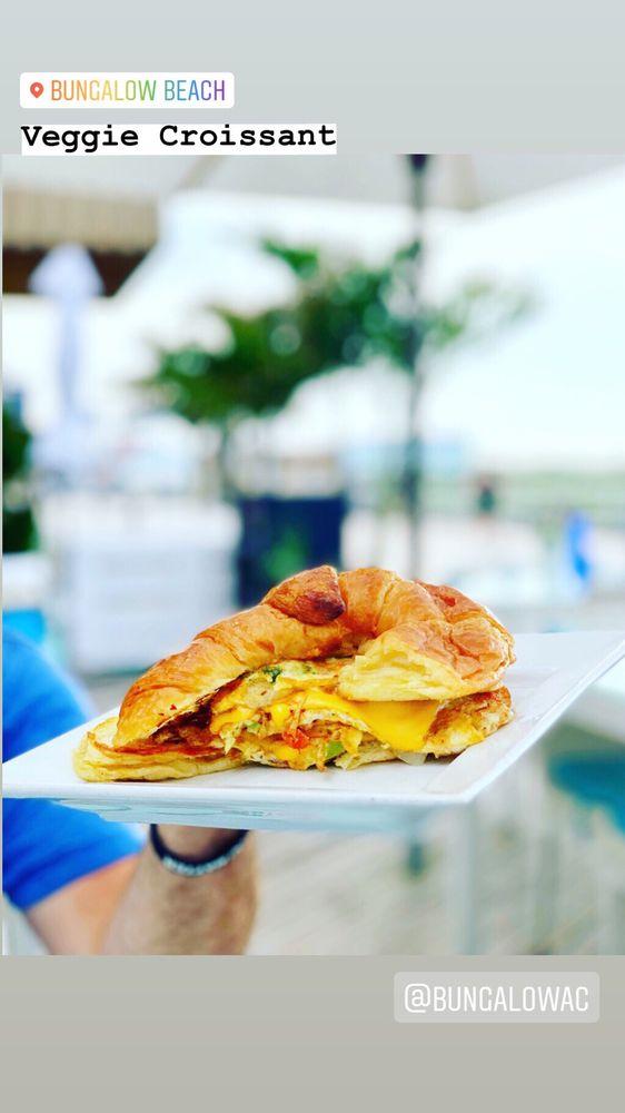 Bungalow Restaurant and Beach: 2641 Boardwalk, Atlantic City, NJ