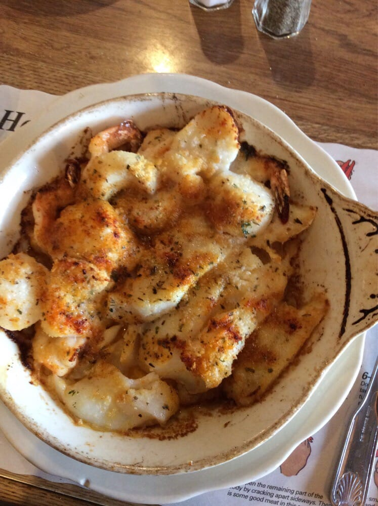Maine fish market restaurant 100 photos seafood 60 for Fish and shrimp near me