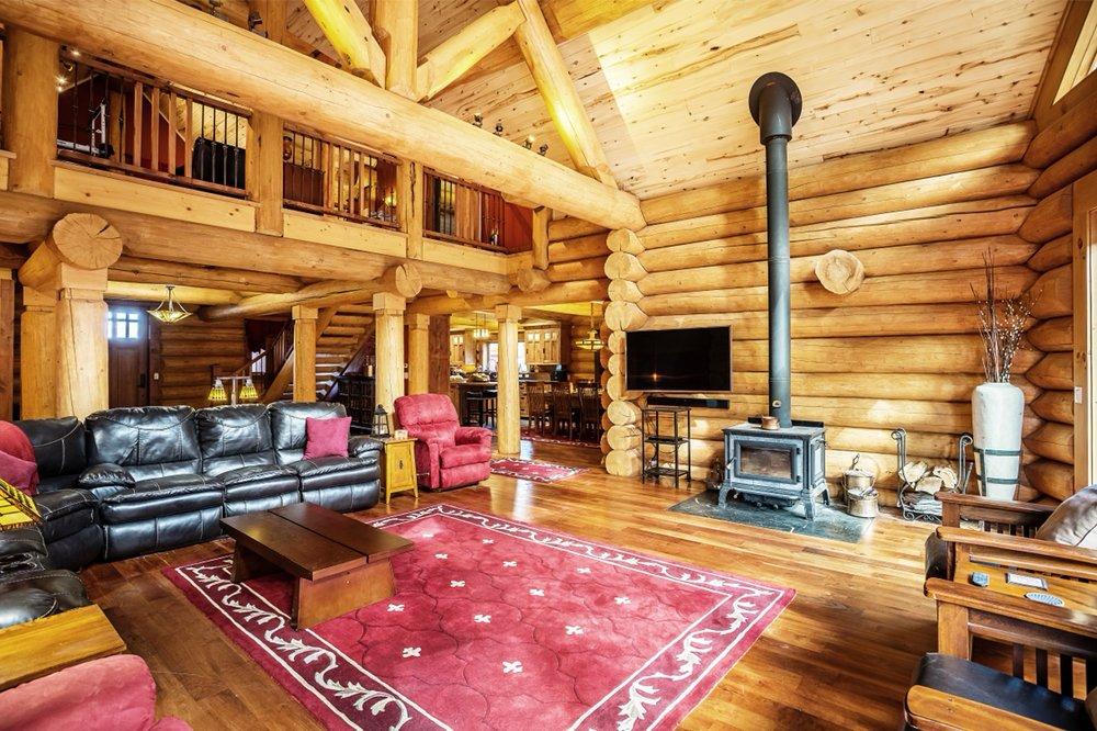 River Crest Cabin: 100 Rivercrest Dr, South Fork, CO