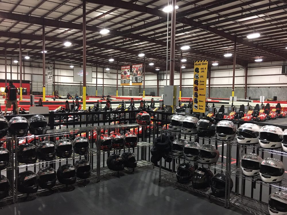 Autobahn Indoor Speedway & Events: 5960 Greenwood Pkwy, Bessemer, AL