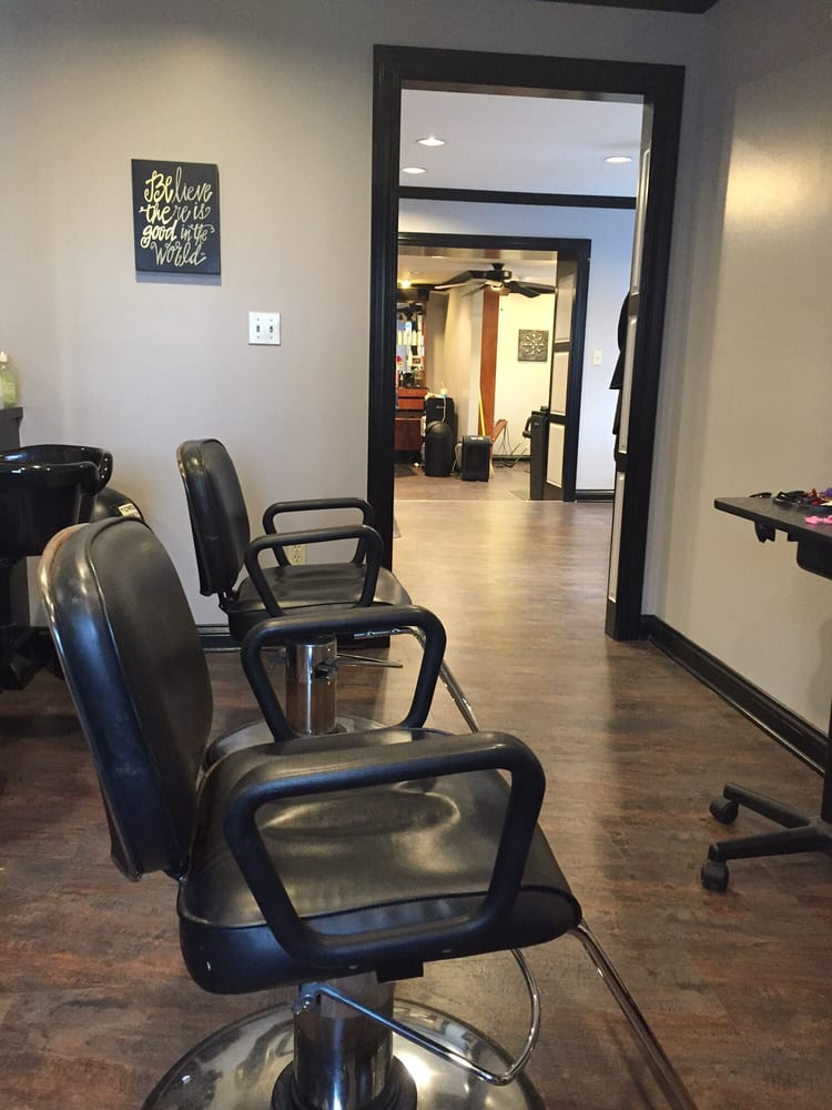 Cut Above: 527 S College St, Harrodsburg, KY