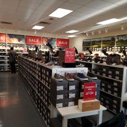 größte Auswahl bester Verkauf kostengünstig Ecco - Shoe Stores - 2796 Tanger Way, Barstow, CA - Phone ...