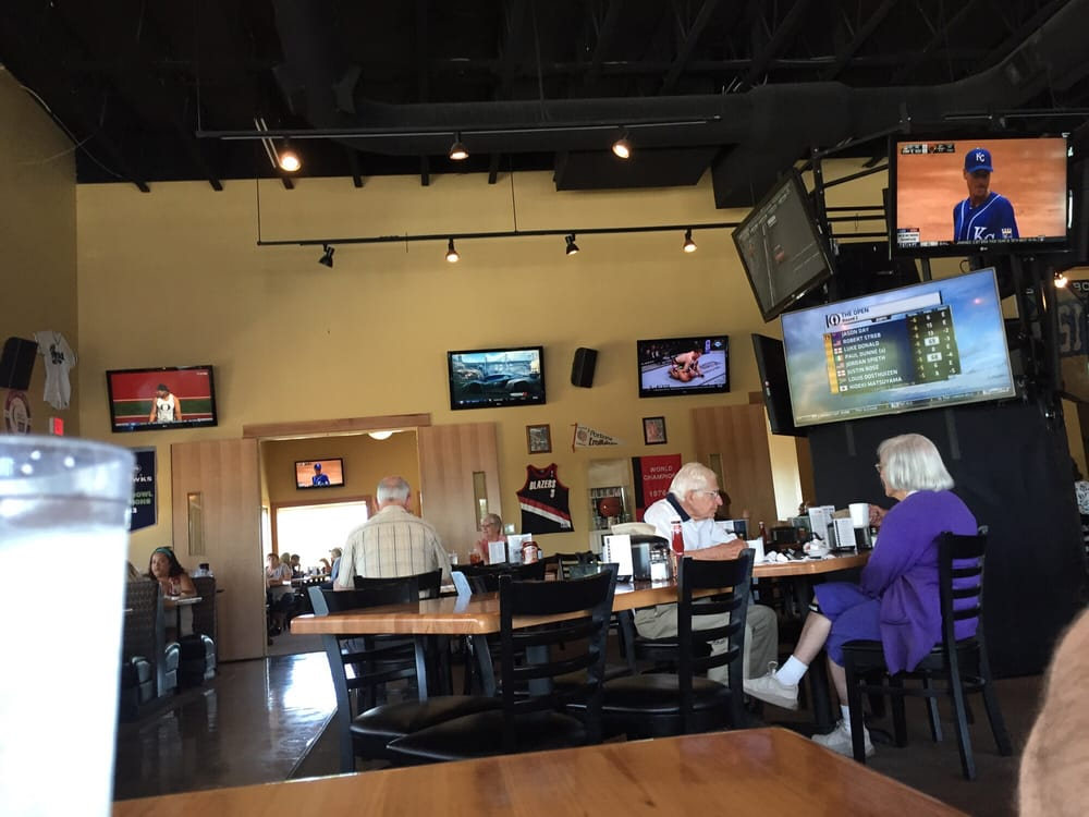 Prime Time Restaurant Sports Bar Forest Grove Or
