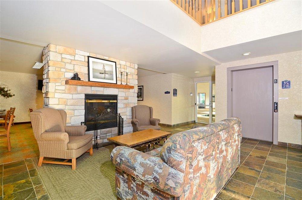 Best Western Wittenberg Inn: W17267 Red Oak Ln, Wittenberg, WI