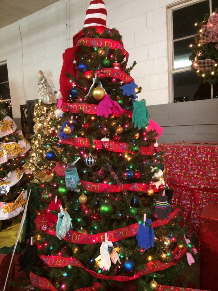 Shadrack's Christmas Wonderland: 1127 New Castle Rd, Prospect, PA