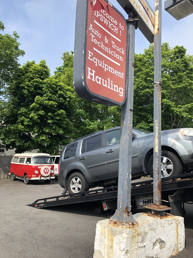 Towing business in Ipswich, MA