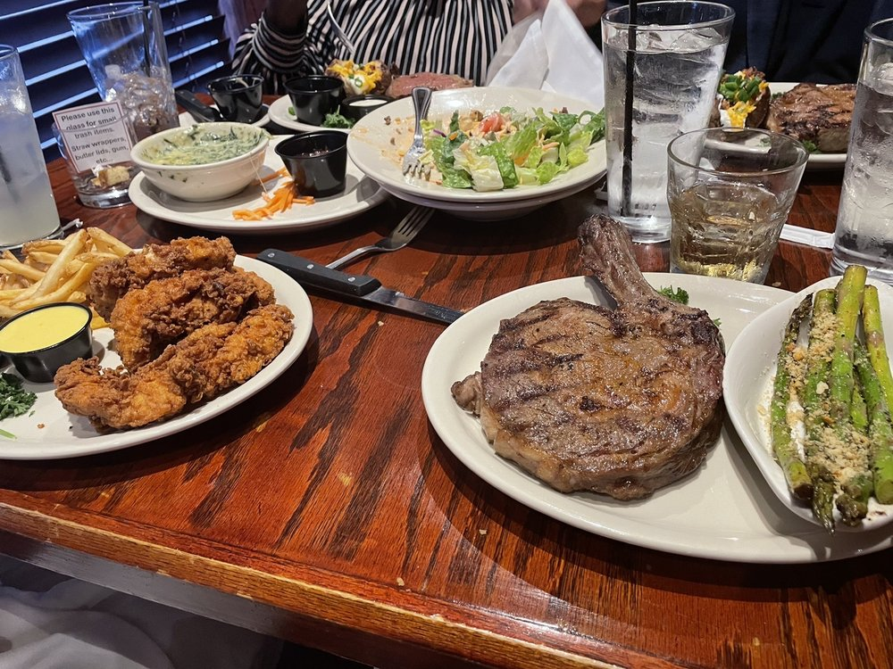 J Henry's Restaurant
