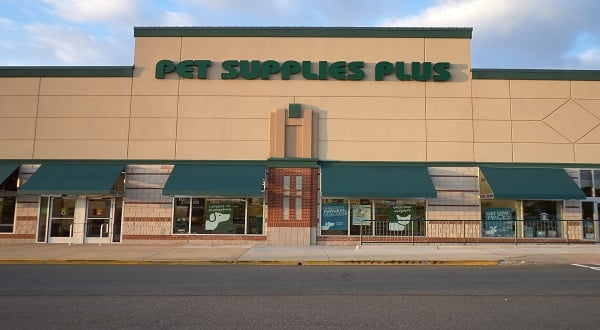 Pet Supplies Plus: 20020 Ashbrook Commons Plz, Ashburn, VA