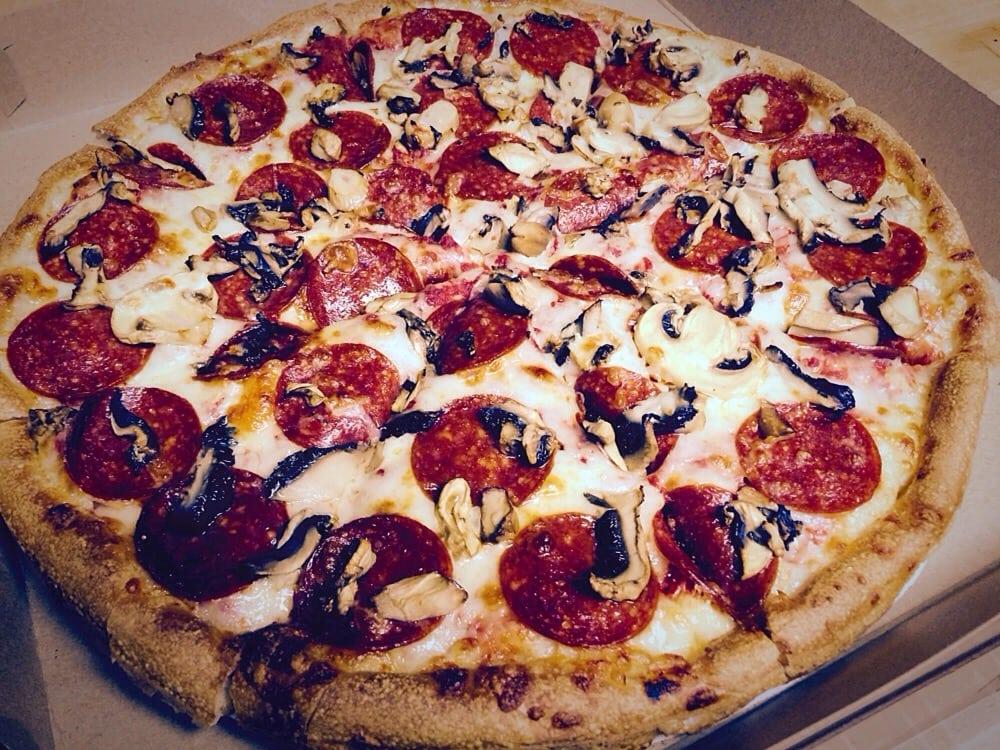 Sunapee Pizza Chef: 474 Rt 11, Sunapee, NH